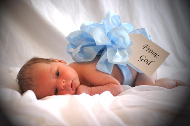 1275842703-Baby_boy_3_month_old.jpg