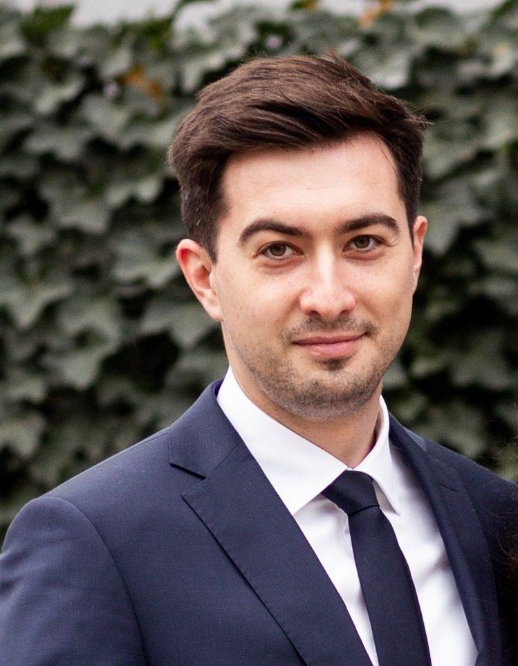 Dr. Alexandru Herdea - Ortopedie Pediatrica